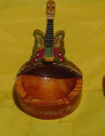 Round Base Ashtray w 1 stand butterfly guitars design.