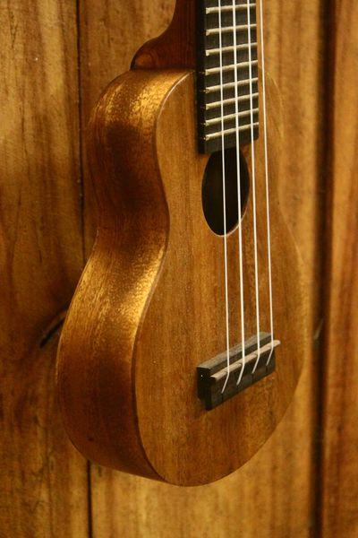 entry level acacia pocket ukulele ferangeli guitar handcrafter. Black Bedroom Furniture Sets. Home Design Ideas